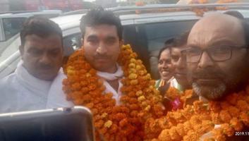 राजीव द्विवेदी - उत्तर प्रदेश कांग्रेस प्रदेश अध्यक्ष श्री अजय कुमार लल्लु के आगमन पर किया जोरदार स्वागत