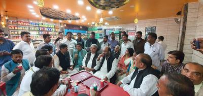 संगठन मजबूती के लिए प्रदेश अध्यक्ष अजय कुमार लल्लू के साथ की चर्चा