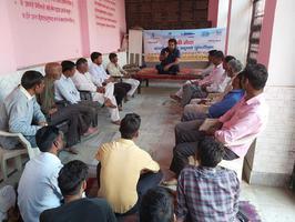 काली कायाकल्प के लिए अंतवाडा गाँव में युवा समिति के सदस्यों के साथ बैठक