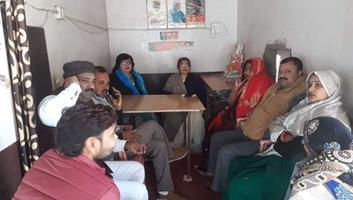 ज्योतिष्ना कटियार - वरिष्ठ भाजपा पदाधिकारियों की आगामी जनसभाओं को लेकर की गयी तैयारी बैठक