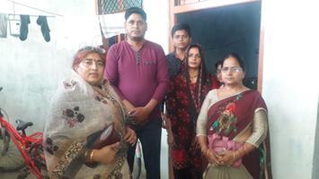 ज्योतिष्ना कटियार – डिग्री कॉलेज कैंपस, अकबरपुर नगर पंचायत के अंतर्गत लगाये जा रहे स्वास्थ्य मेले के लिए जनता में जागरूकता प्रसार