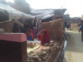 लोहिया नगर के ग्राम मिलकिनपुरवा में मृतक के परिवार को दी सांत्वना