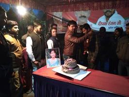 लखनऊ में धूमधाम से मनाया गया सांसद डिंपल यादव का जन्मदिवस