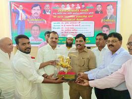 सर्वेश अंबेडकर - झांसी में नगर कमेटी की सफल कार्यकर्ता बैठक एवं सम्मान समारोह का आयोजन