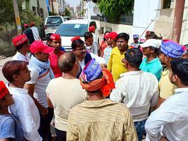 प्रयागराज लोकसभा में नगर बलुआ घाट दलित बस्ती में जनसंपर्क अभियान