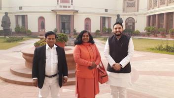 शिव प्रताप सिंह पवार - बहुजन समाज हित के लिए समर्पित नेत्री सुश्री सावित्रीबाई फुले से संसद में हुयी भेंट