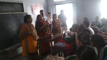 ज्योतिष्ना कटियार – प्रधानमंत्री नरेन्द्र मोदी के जन्मदिवस पर बालिका इंटर कॉलेज में विद्यार्थियों से चर्चा