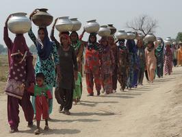 पानी की कहानी अपडेट - नीति आयोग की रिपोर्ट: भयानक जल संकट की ओर बढ़ रहे हम