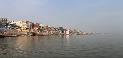 गंगा नदी और गीता - गंगा कहती है – समन्वय के साथ मेरे शक्तिजल-धारा-प्रवाह से मिलती है मुक्ति : अध्याय 8 श्लोक 16 (गीता : 8: 16)