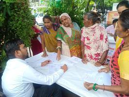 स्वास्थ्य एवं पेंशन शिविर में सैंकड़ों लाभार्थियों को मिला लाभ