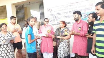 ज्योतिष्ना कटियार - पंडित दीनदयाल उपध्याय जयंती के अवसर पर नगर पंचायत अकबरपुर में क्रीडा कार्यक्रम का आयोजन