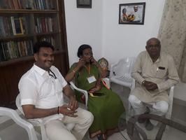 डॉ. रीता बहुगुणा जोशी जी के आवास स्थान पर चुनाव से संबंधित विषयों पर चर्चा