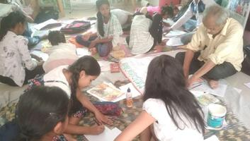A special eco-workshop, 'Lines & Strokes' was organized as part of Mother's Day Celebrations, under UMANG