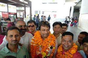 युवा जदयू दिल्ली -लोकसभा चुनावों में एनडीए की ऐतिहासिक जीत का जश्न