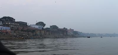 """गंगा नदी और गीता - गंगा कहती है – """"केन्द्रस्तध्यान"""" स्थिरता की सम्रृद्ध-तकनीक : अध्याय 8 श्लोक 9  (गीता : 8:9)"""