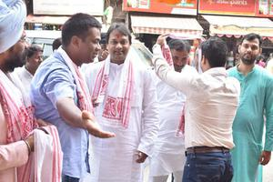 नई दिल्ली के असम डेलिकसी रेस्टोरेंट के उद्घाटन कार्यक्रम में शिरकत
