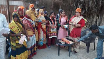 ज्योतिष्ना कटियार – प्रधानमंत्री आवास योजना के तहत आवेदन पत्र भरवाने हेतु कैंप का आयोजन