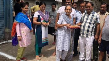सुधीर कुमार मिश्रा – बाबू कुंज बिहारी वार्ड में स्थित सुजानपुरा की विभिन्न गलियों के निर्माण कार्य का शुभारम्भ