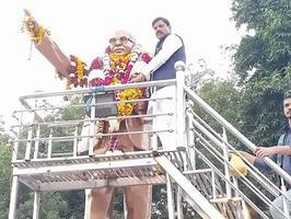 सर्वेश अंबेडकर – महापरिनिर्वाण दिवस पर पुष्प अर्पण कर याद किये गये भारत रत्न बाबा साहब