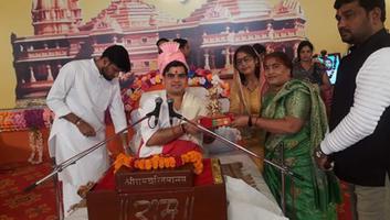 ज्योतिष्ना कटियार – नगर पंचायत अकबरपुर में हो रही श्री राम कथा का दीप प्रज्वलन कर किया शुभारंभ
