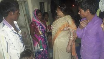 ज्योतिष्ना कटियार - नगर पंचायत अकबरपुर में समस्याओं का निरीक्षण कर समाधान करने का दिया आश्वासन