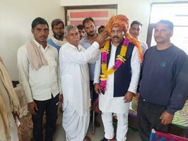 राजस्थान-भरतपुर में ग्राम जितरेडी के सरपंच ने दिया सपा को समर्थन