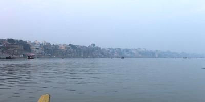 गंगा नदी और गीता – गंगा कहती है – अंग्रेजी शासन का उद्देश्य गंगत्व को नष्ट करना था. अध्याय 17, श्लोक 12 (गीता : 12)