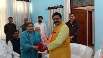 ज्योतिष्ना कटियार - अकबरपुर नगर पंचायत में किया गया नगर विकास मंत्री का भव्य स्वागत