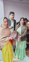 एसजी फाउंडेशन के तत्वावधान में राजाजीपुरम परिक्षेत्र के अंतर्गत जरूरतमंद लोगों को कंबल वितरण