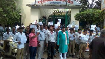 राजीव द्विवेदी - राजीव गांधी सामान्य ज्ञान प्रतियोगिता में कानपुर के हजारों छात्रों ने लिया भाग
