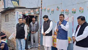 राजीव द्विवेदी – कानपुर शहर में झंडारोहण कर मनाया गया 71वां गणतंत्र दिवस