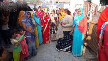 ज्योतिष्ना कटियार - नागरिकता संशोधन कानून को लेकर नगर पंचायत अकबरपुर में चलाया जन जागरण अभियान