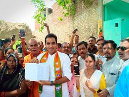 भारतीय जनता पार्टी पश्चिम विधानसभा में युवा नेता पंकज सिंह भव्य स्वागत