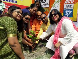 अखिल भारतीय कायस्थ महासभा द्वारा बेस्ट कैरियर पब्लिक स्कूल में पौधरोपण कार्यक्रम